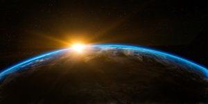 宇宙から見た地球の夜明け